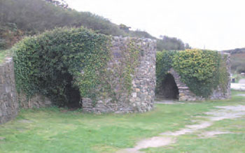Figure 20.6 Lime kilns. Used to ' burn' (heat) chalk or limestone (calcium carbonate) to produce quicklime (calcium oxide)